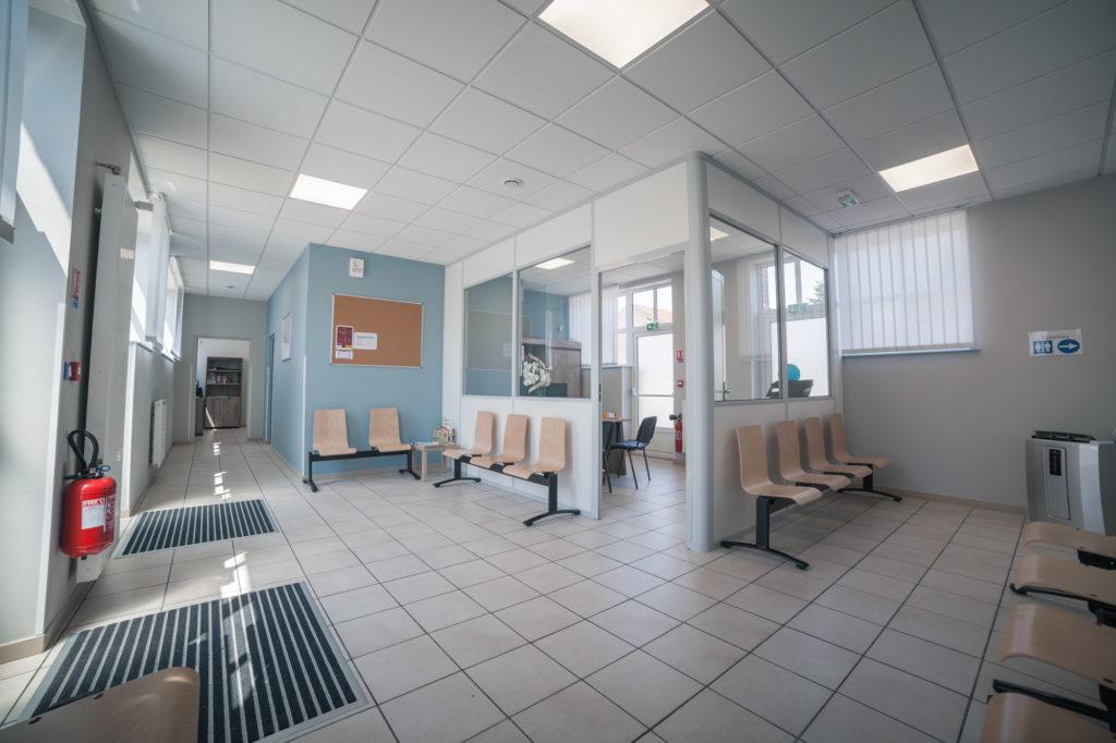 Maison médicale de Tricot, la salle d'attente